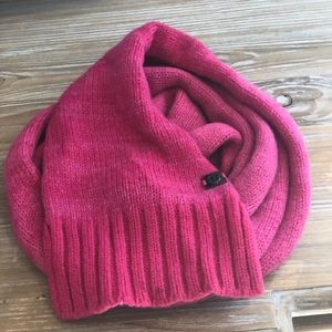 2 tone Lululemon hot pink wool scarf